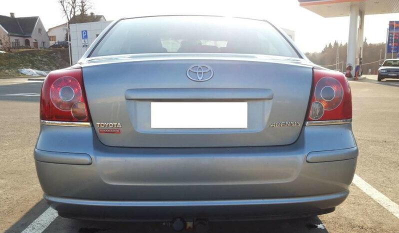 Naudoti 2007 Toyota Avensis full