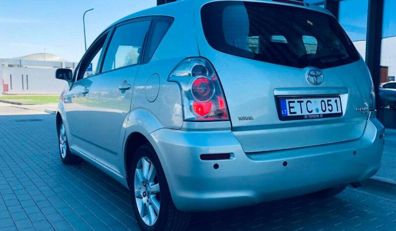 Naudoti 2005 Toyota Corolla Verso full