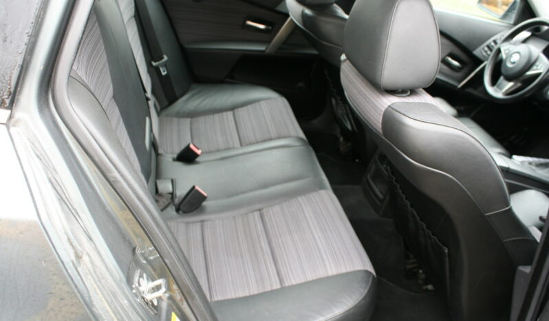 Naudoti 2004 BMW 530 full