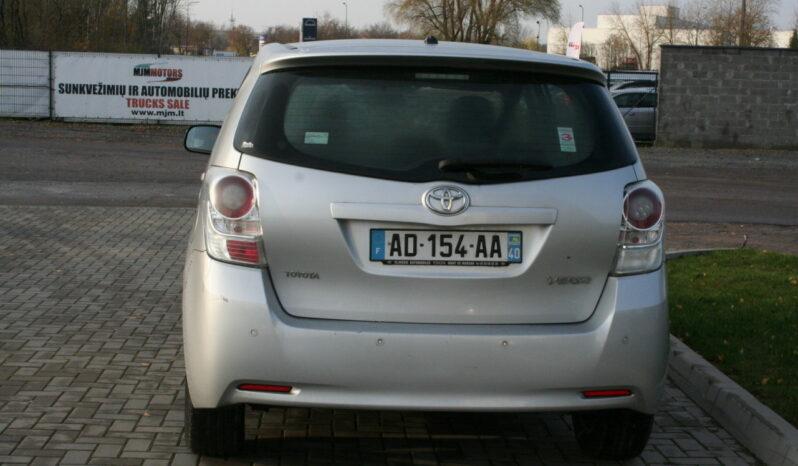 Naudoti 2009 Toyota Verso full