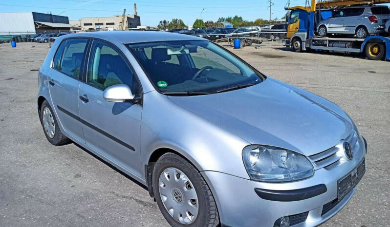 Naudoti 2004 Volkswagen Golf full