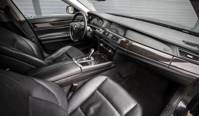Naudoti 2012 BMW 740 full