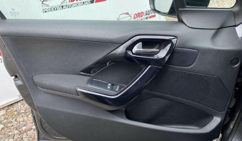 Naudoti 2014 Peugeot 208 full