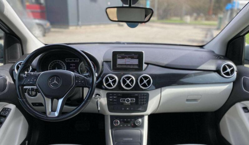 Naudoti 2012 Mercedes Benz B180 full